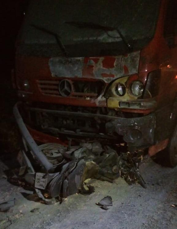 Motociclista morre após bater de frente com caminhão em Vargem Alta. Crédito: Internauta Gazeta Online
