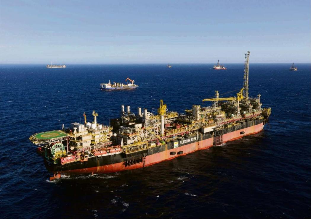 Plataforma de produção de óleo e gás no Sul do ES. Crédito: Divulgação