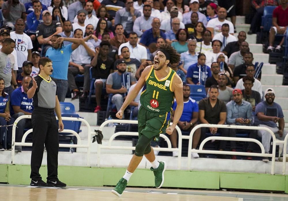 Anderson Varejão, pela seleção brasileira de basquete. Crédito: Fiba/Divulgação