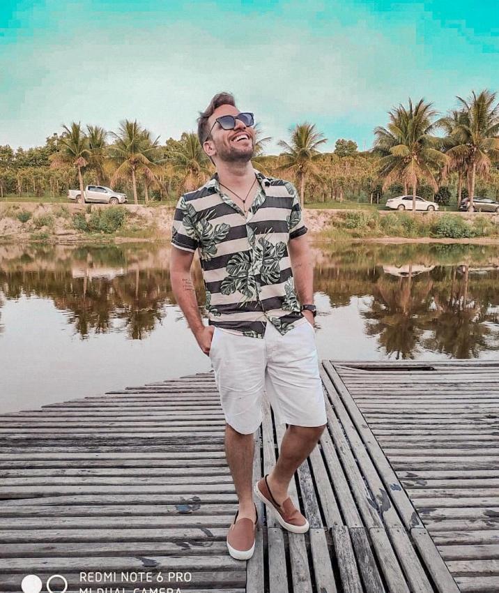 26/02/2019 - O cantor Filipe Fantin é atração em São Mateus. Crédito: Instagram/@filipefantinoficial