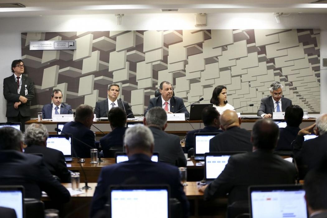 A Comissão de Assuntos Econômicos (CAE) do Senado sabatina o economista Roberto de Oliveira Campos Neto, indicado pela Presidência da República para o cargo de presidente do Banco Central. Crédito: Marcelo Camargo/Agência Brasil