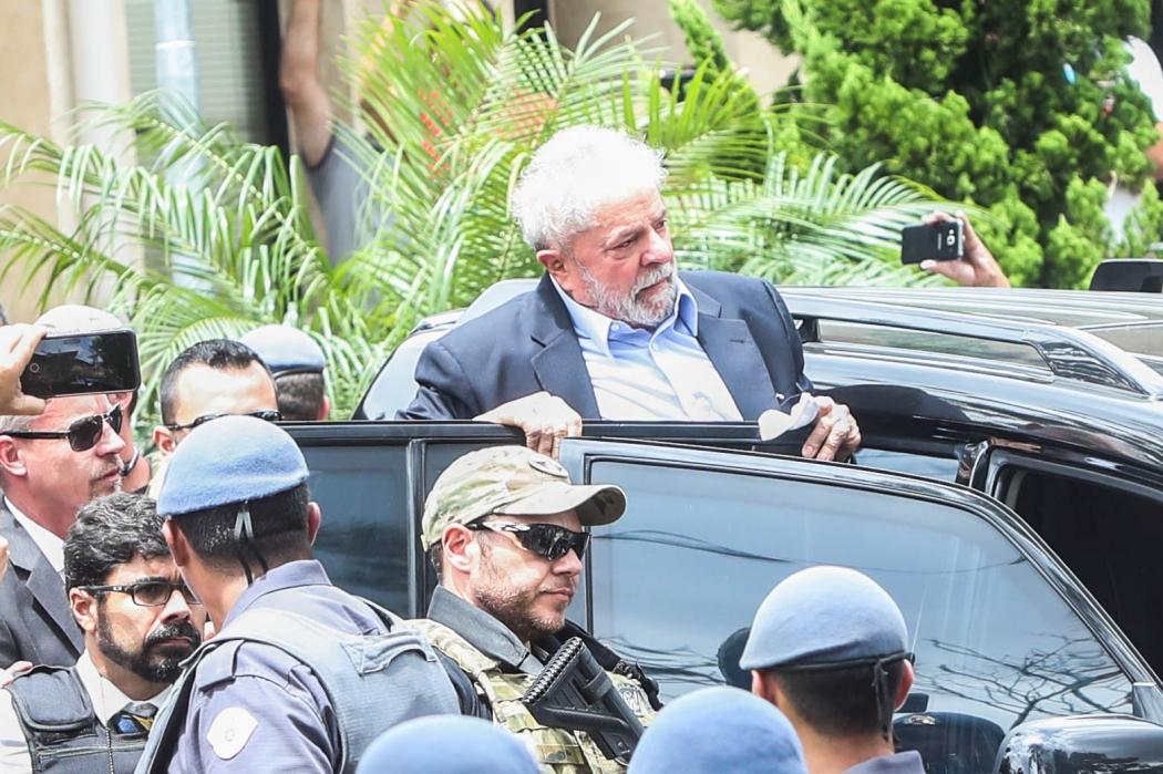 Lula quando compareceu ao velório do neto de 7 anos, Arthur Lula da Silva, em São Paulo. Crédito: Gabriela Bilo