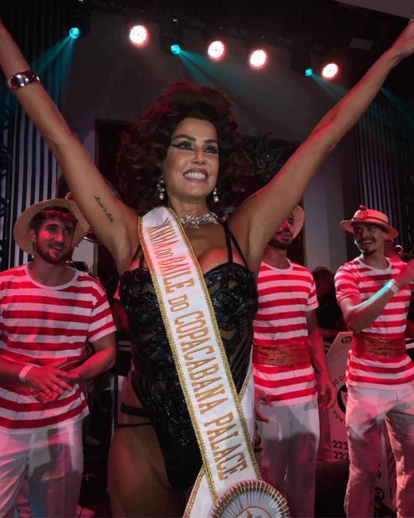 A Rainha do Baile do Copa 2019, Deborah Secco, no Copacabana Palace. Crédito: Reprodução/Instagram @orlandofneto
