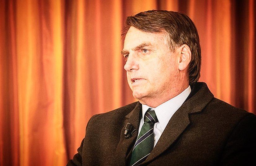 Financial Times cita 'Xixigate' e pergunta se agenda de costumes de Bolsonaro prejudicará reformas. Crédito: Reprodução/Instagram