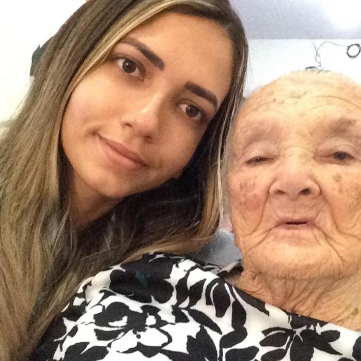 Maria Talita e a avó
