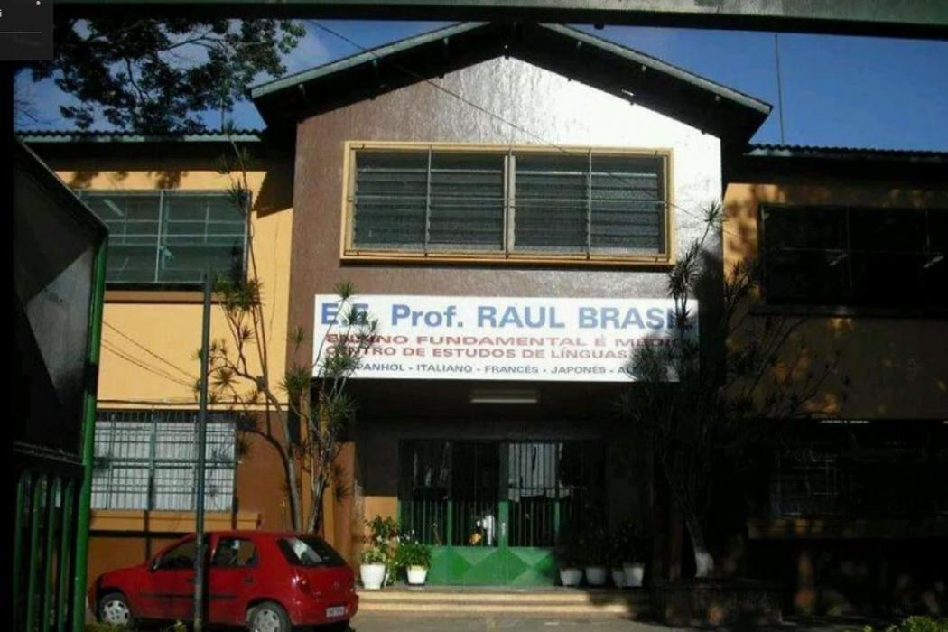 Tiroteio teria ocorrido dentro da Escola Estadual Prof. Raul Brasil, em Suzano (SP). Crédito: Google Street View/Reprodução