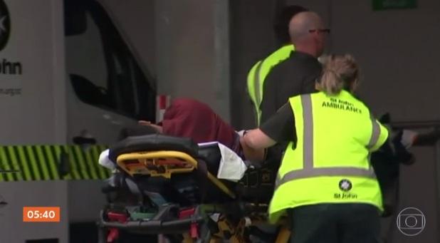 Ataques A Duas Mesquitas Matam Ao Menos 49 Na Nova
