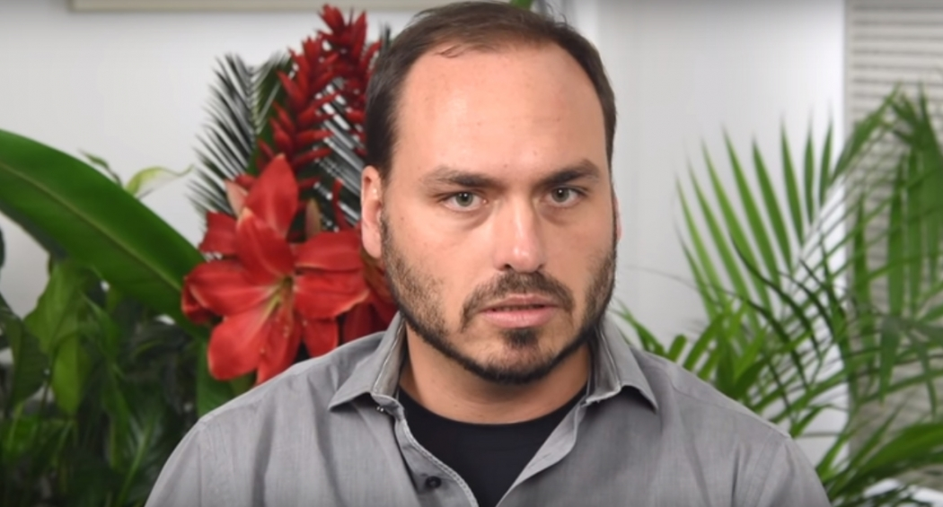 O vereador Carlos Bolsonaro, filho do presidente. Crédito: Reprodução/Youtube