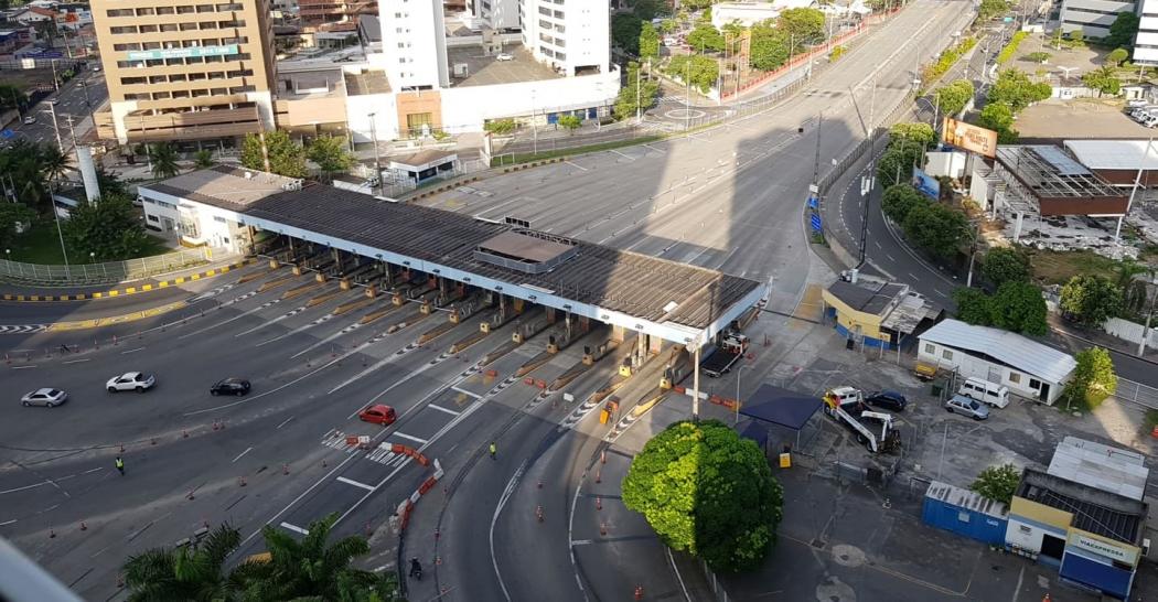 Terceira Ponte interditada para operação de resgate na tarde deste domingo (17). Crédito: Murilo Bortoline
