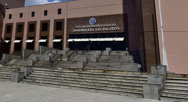 Prédio da Assembleia Legislativa, na Enseada do Suá. Crédito: Marcelo Prest