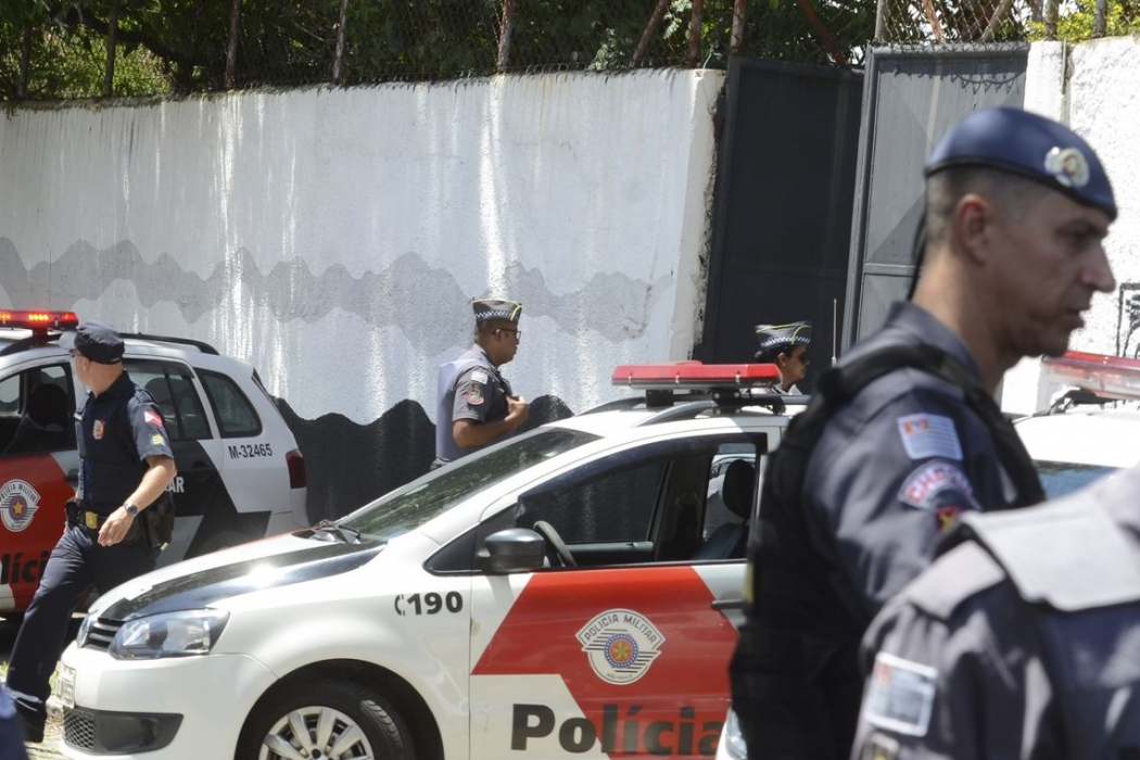 Tiroteio na Escola Estadual Professor Raul Brasil, em Suzano, a 57 quilômetros de São Paulo, deixou mortos e feridos. . Crédito: Rovena Rosa/Agência Brasil | Arquivo