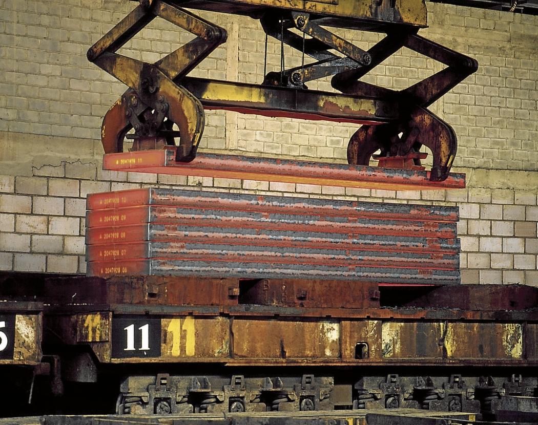 Produção em siderúrgica: fornecimento de matéria-prima pode ser afetado. Crédito: ArcelorMittal/Divulgação