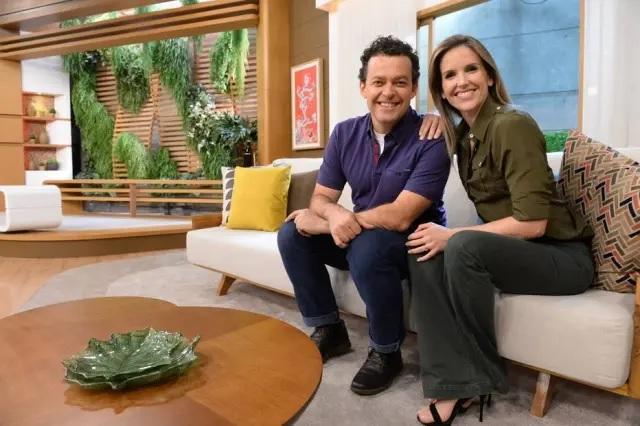 Fernando Rocha e Mariana Ferrão, do 'Bem Estar'. Crédito: Zé Paulo Cardeal / Globo / Divulgação