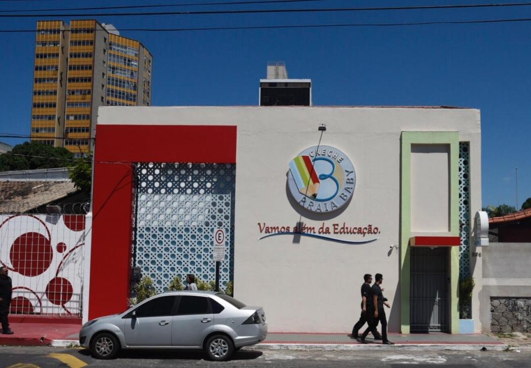 Perícia da Polícia Civil visitou creche onde houve surto de diarreia. Crédito: Vitor Jubini