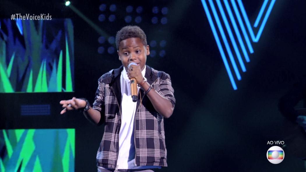 07/04/2019 - Jeremias canta Pétalas, de Djavan, na semifinal do The Voice. Crédito: Reprodução/TV Globo