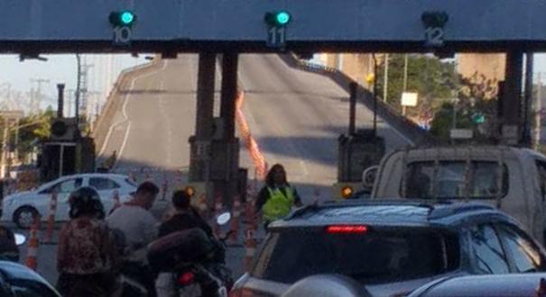 Terceira Ponte é interditada para operação de resgate. Crédito: Bárbara Laysa
