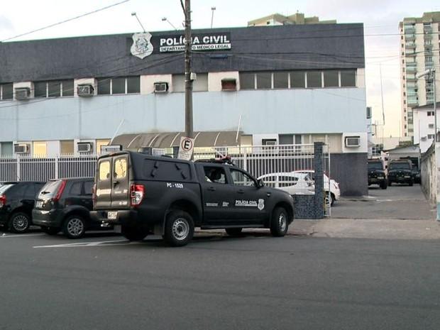 O corpo de Warley foi encaminhado ao Departamento Médico Legal (DML), em Vitória. Crédito: Reprodução/TV Gazeta