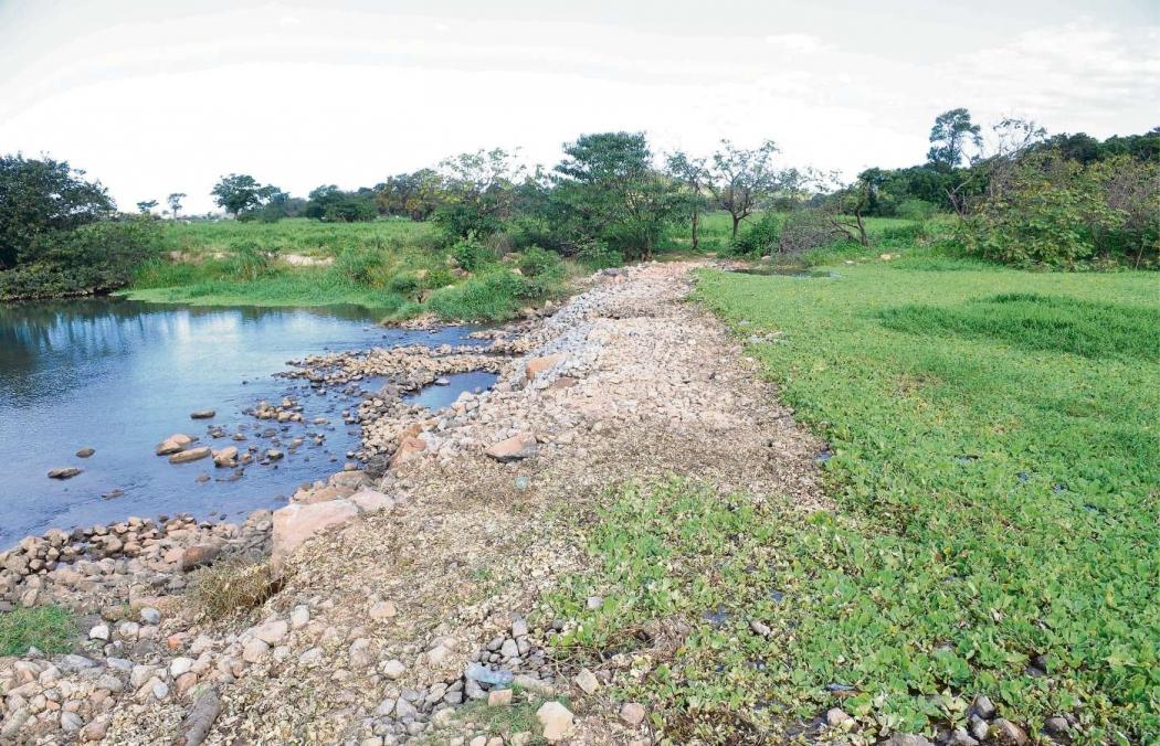 Rio Jucu, em Cariacica, sofre com o período de estiagem. Crédito: Edson Chagas | GZ | Arquivo