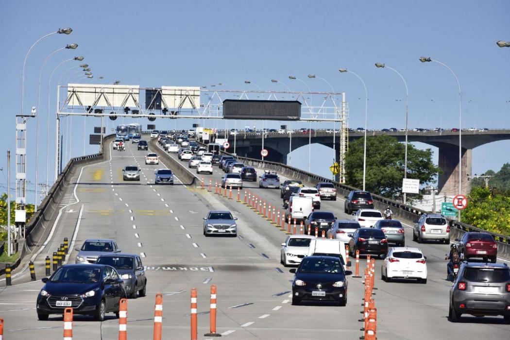 Terceira Ponte: Justiça determinou a construção de proteção contra suicídio. Crédito: Marcelo Prest