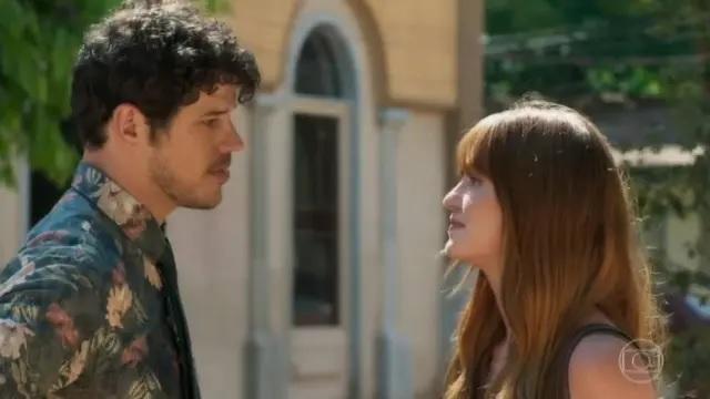 José Loreto e Marina Ruy Barbosa como Júnior e Luz em cena de 'O Sétimo Guardião'