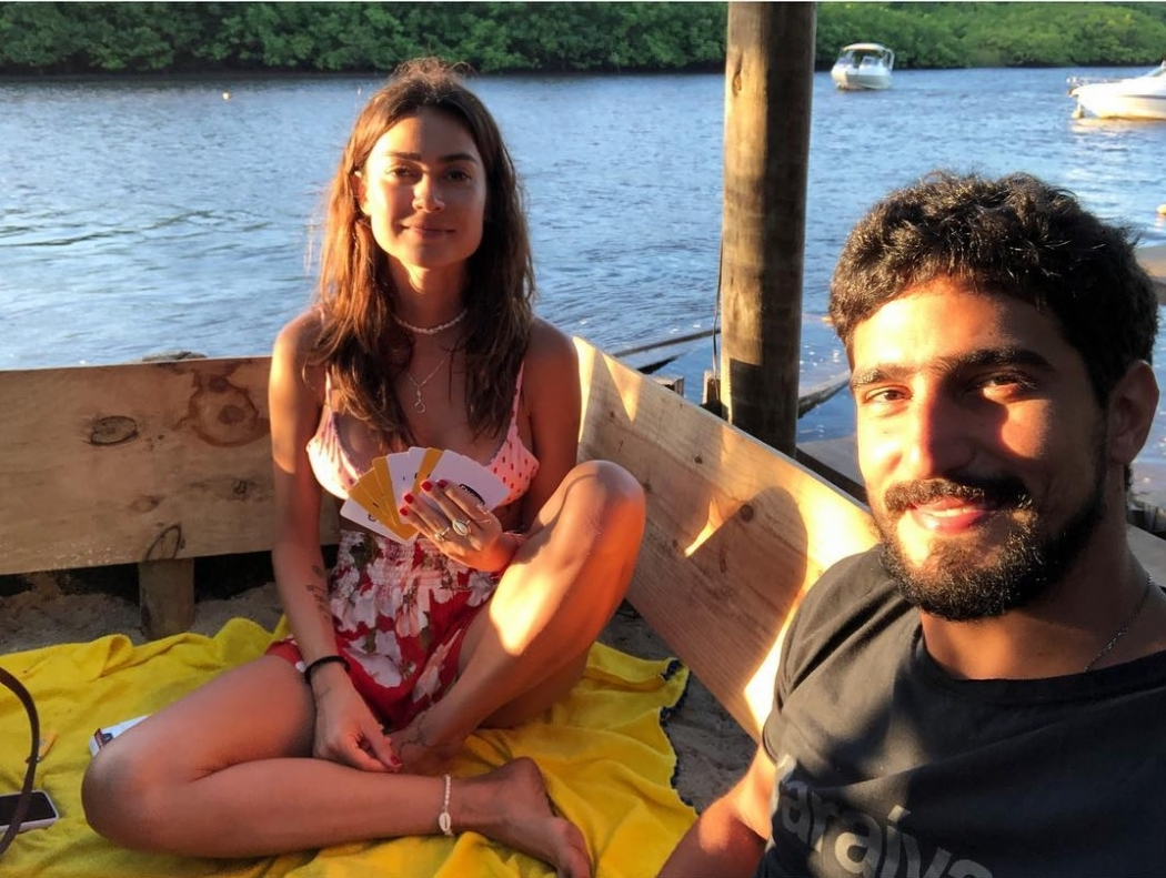 15/04/2019 - Thaila Ayala e Renato Góes estão noivos