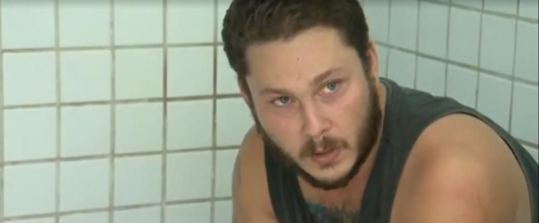 O porteiro Paulo Roberto Gratz, de 30 anos, que matou um morador de rua a socos e chutes em Coqueiral de Itaparica, em Vila Velha