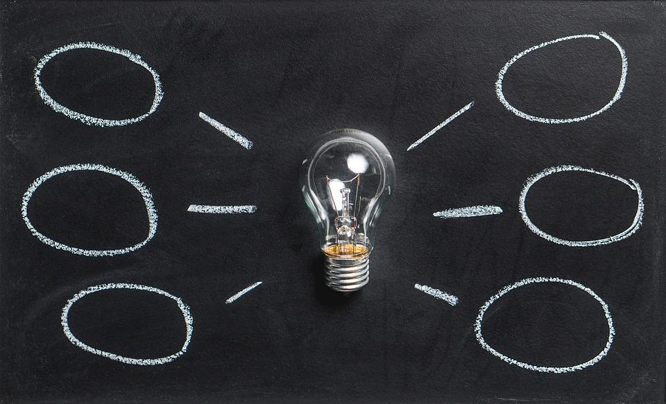 Inovação, tecnologia, criatividade. Crédito: Pixabay