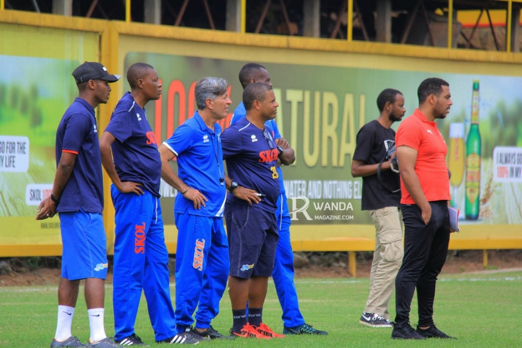 No país do futebol, treinadores negros sofrem com falta de