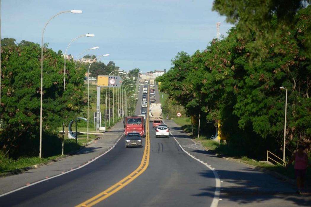 BR 101 na Serra: trecho que inclui município pode não ser duplicado. Crédito: Vitor jubini