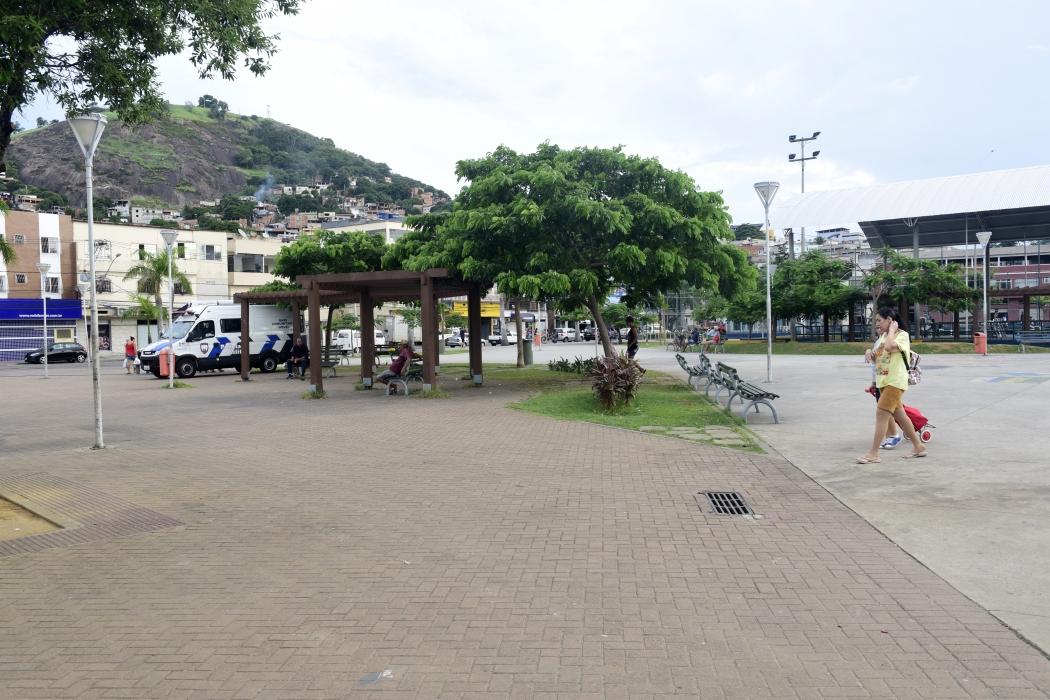 Praça de Itararé é cercada pelo tráfico de drogas. Crédito: Ricardo Medeiros