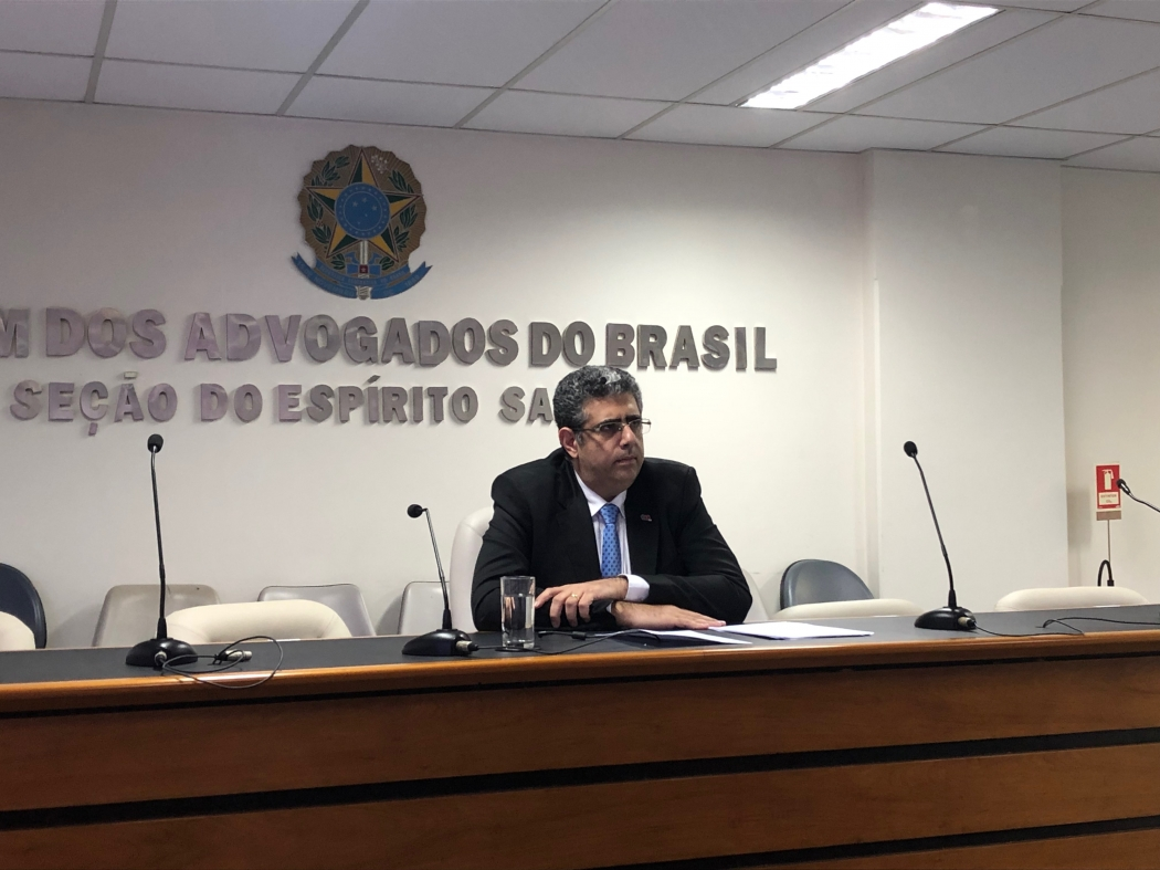 O presidente da OAB-ES, José Carlos Rizk Filho, afirma que não deve ser praticado qualquer tipo de reajuste na tarifa. Crédito: José Carlos Schaeffer