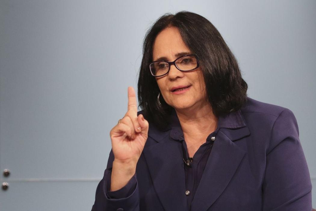 A ministra da Mulher, da Família e dos Direitos Humanos, Damares Alves, durante entrevista à Empresa Brasil de Comunicação (EBC). Crédito: Valter Campanato/Agência Brasil