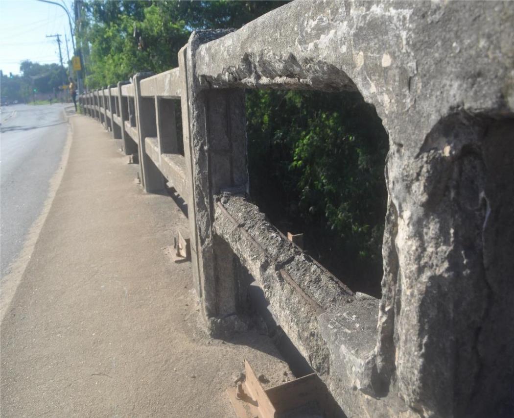 Guarda-corpo do viaduto Tabajara na Rodovia do Contorno, em Cariacica. Crédito: Divulgação | Abenc