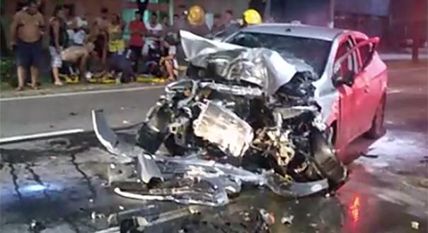 Acidente deixou uma pessoa ferida em Vitória. Crédito: Reprodução