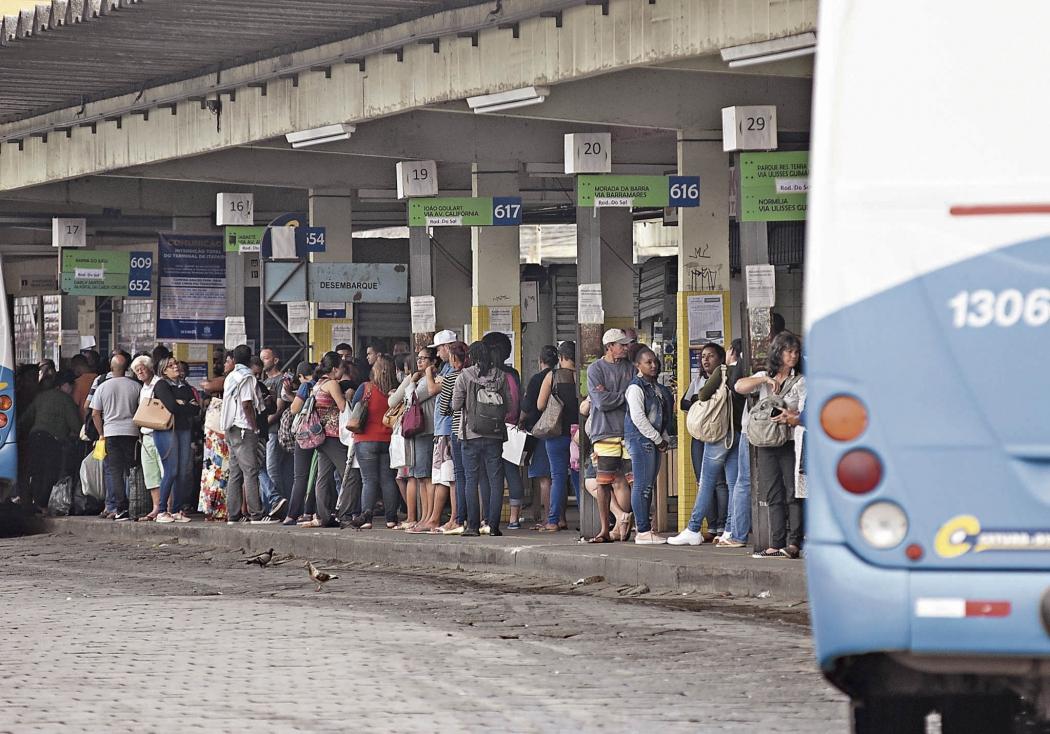 Terminal de Vila Velha: local é  apontado pelo secretário de Obras como um dos mais deteriorados. Crédito: Vitor Jubini