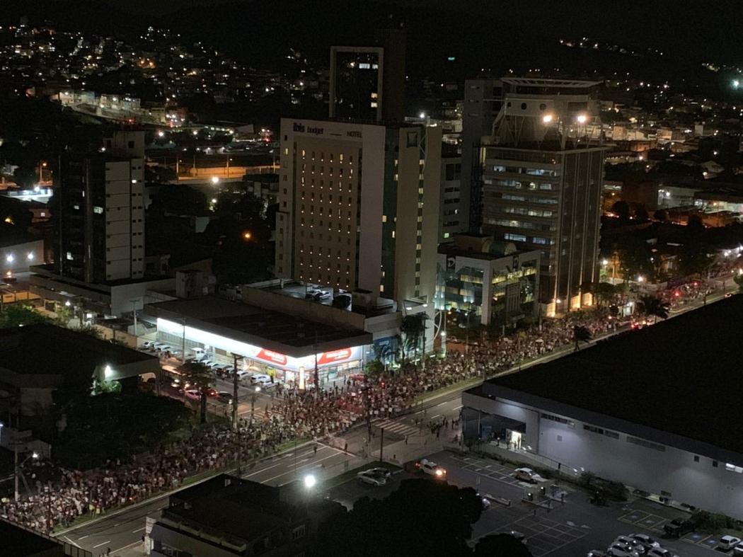 Protesto contra cortes na educação na Reta da Penha, em Vitória. Crédito: Victor Hugo Cardoso