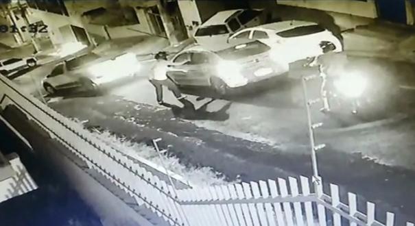 Motorista é rendida por assaltantes em Campo Grande