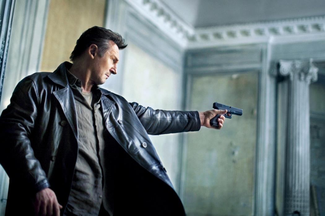 Liam Neeson, em ação na série