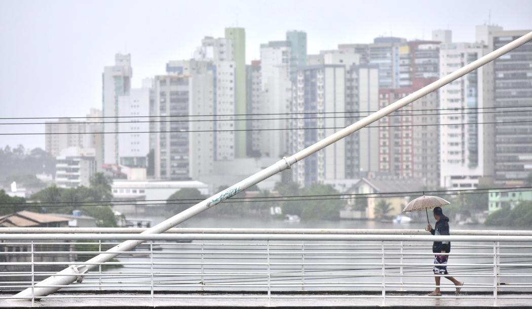 Dia de chuva em Vitória. Crédito: Marcelo Prest | GZ