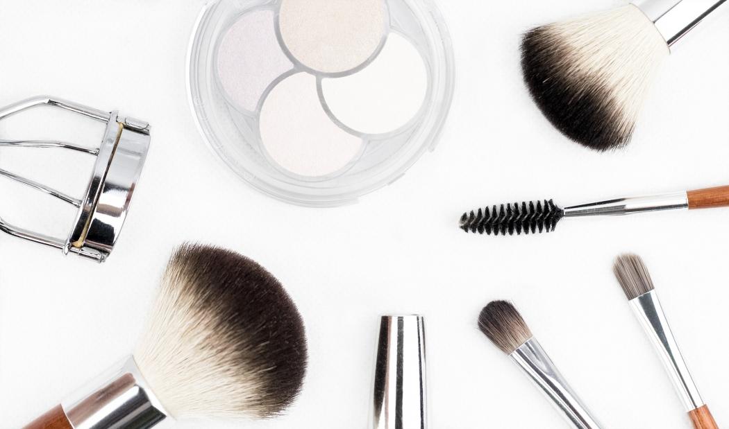 Pernambucanas faz parceria com Avon e venderá produtos da marca nas lojas. Crédito: Pixabay