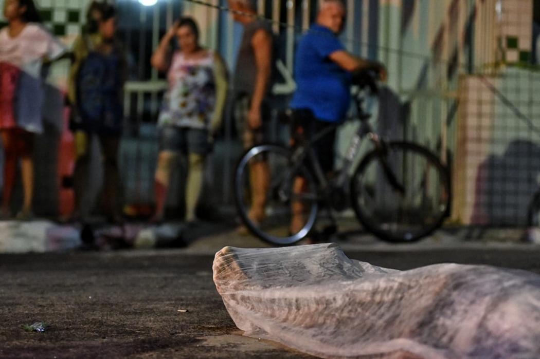 Homem é morto na Praia da Costa, em Vila Velha. Crédito: Fernando Madeira