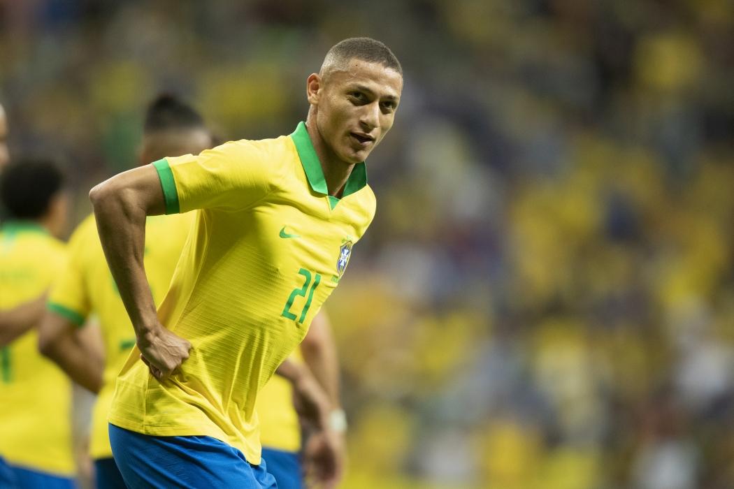 Richarlison comemora gol no amistoso entre Brasil e Catar. Crédito: Lucas Figueiredo/CBF