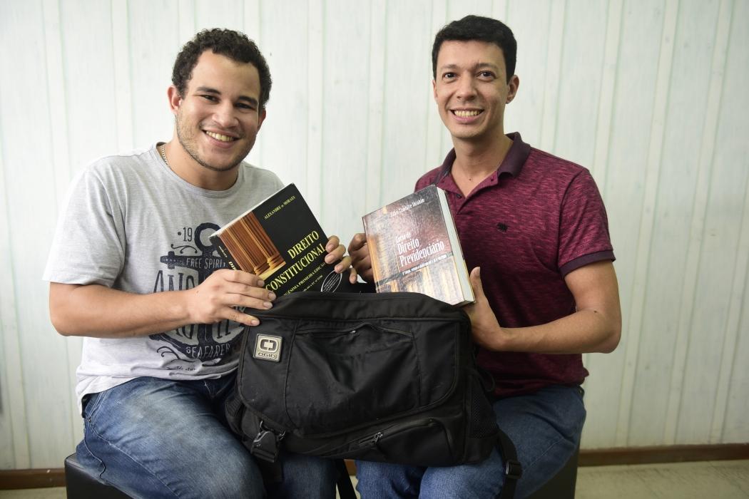 Markus Passos e Marcos Furtado se preparam para as provas. Crédito: Ricardo Medeiros