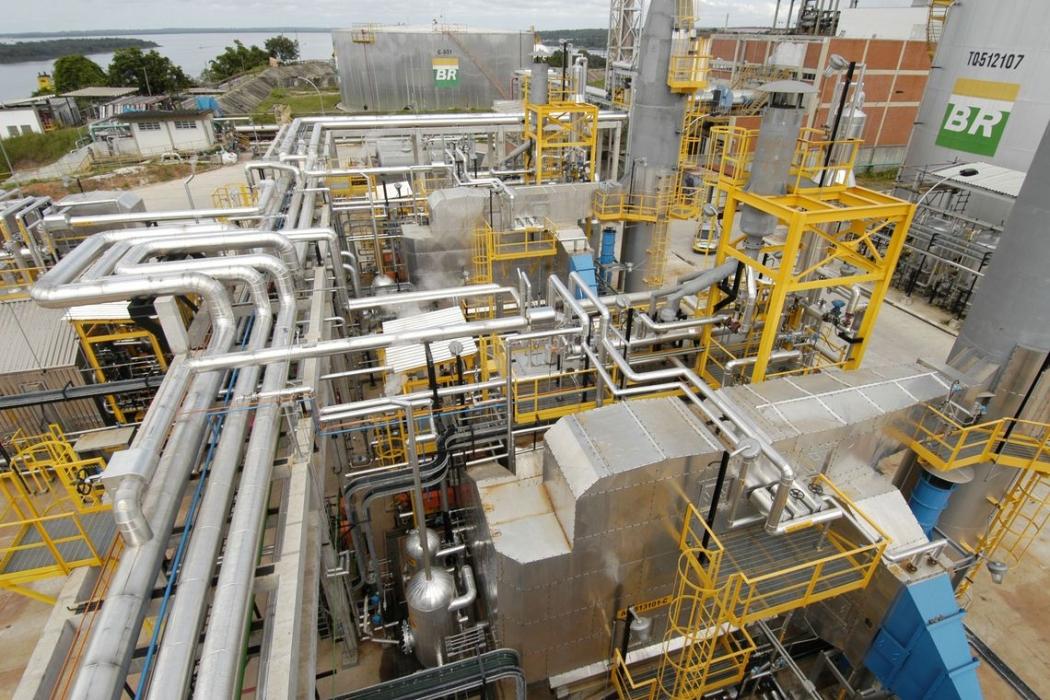 A proposta prevê também desinvestimentos em ativos relacionados a transporte de combustíveis, na BR Distribuidora. Crédito: Geraldo Kosinski/Petrobras
