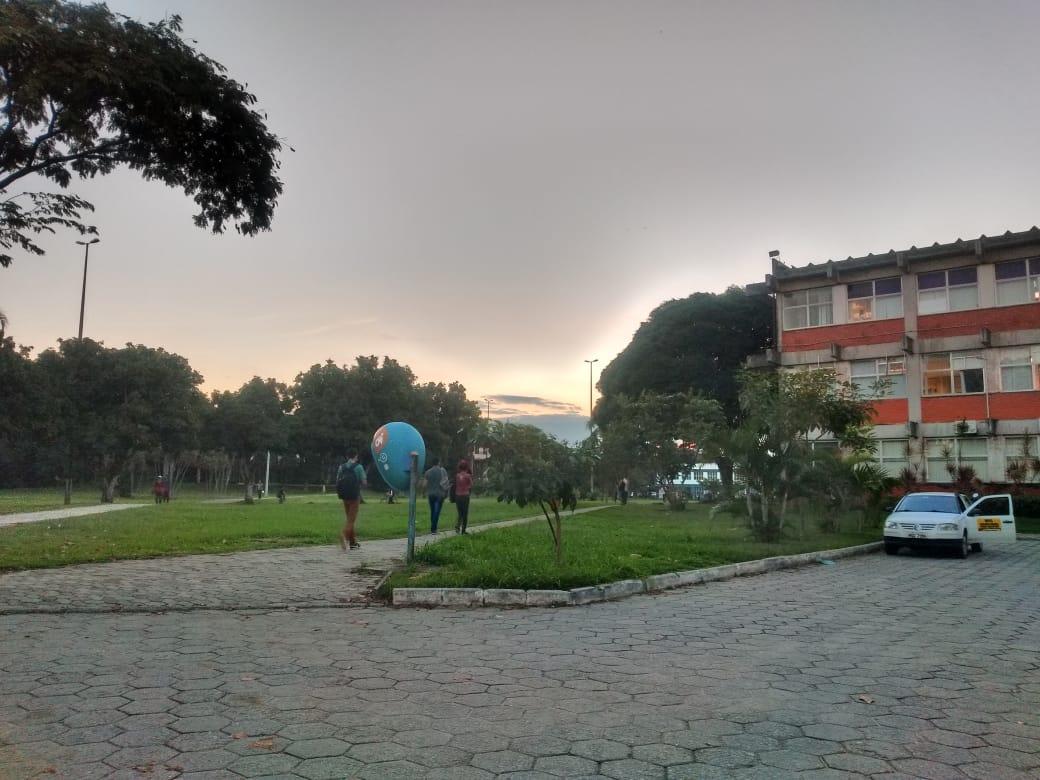 O medo tomou conta do campus de Goiabeiras. Crédito: Esthefany Mesquita