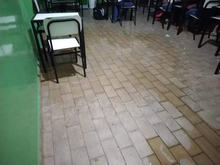 Problemas na estrutura da Escola Municipal de Ensino Fundamental Dr. Adalton Santos, em Nova Venécia, apresenta riscos à integridade física de alunos e professores, segundo MPES. Crédito: Divulgação   MPES