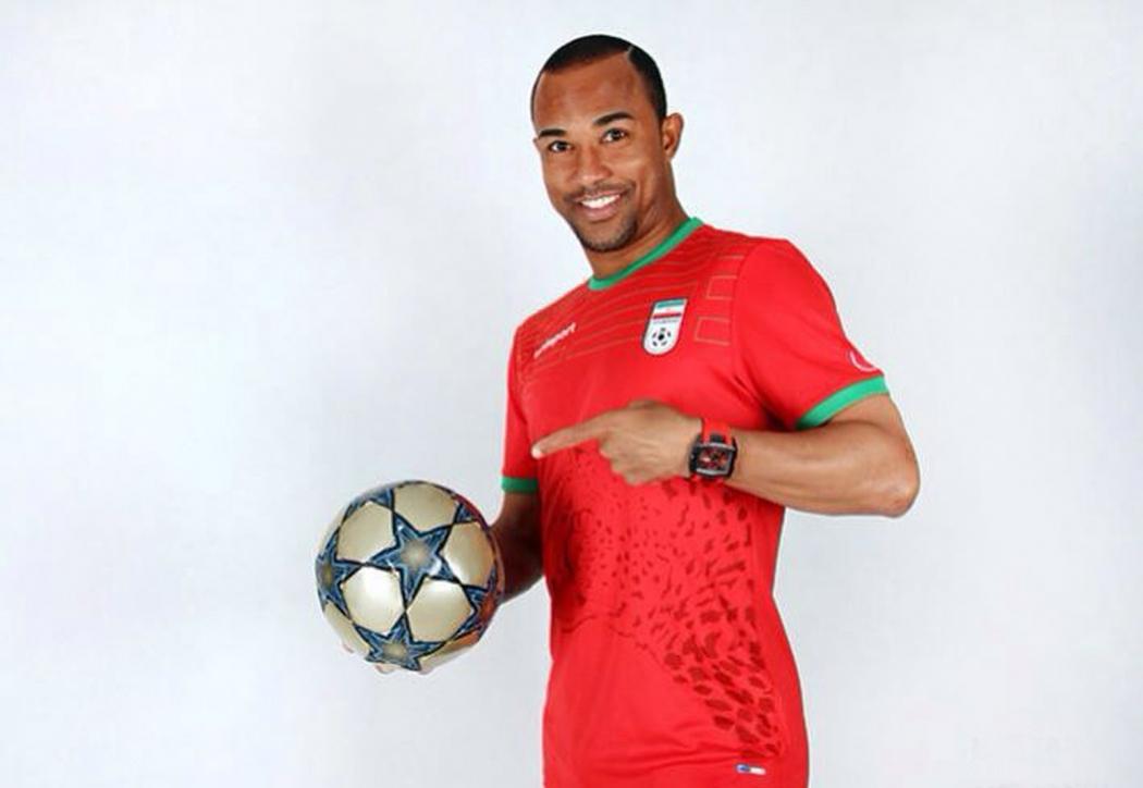 Edinho tem forte identificação com a Desportiva e brilhou no futebol do Irã, onde foi ídolo. Crédito: Divulgação