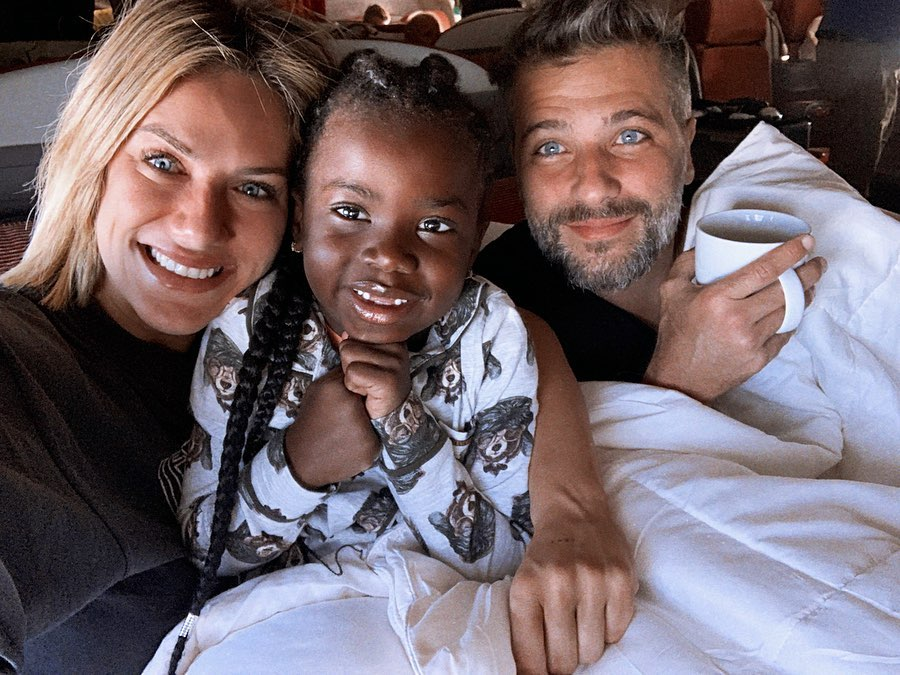 Giovanna Ewbank, Titi e Bruno Gagliasso. Crédito: Reprodução/Instagram @gio_ewbank