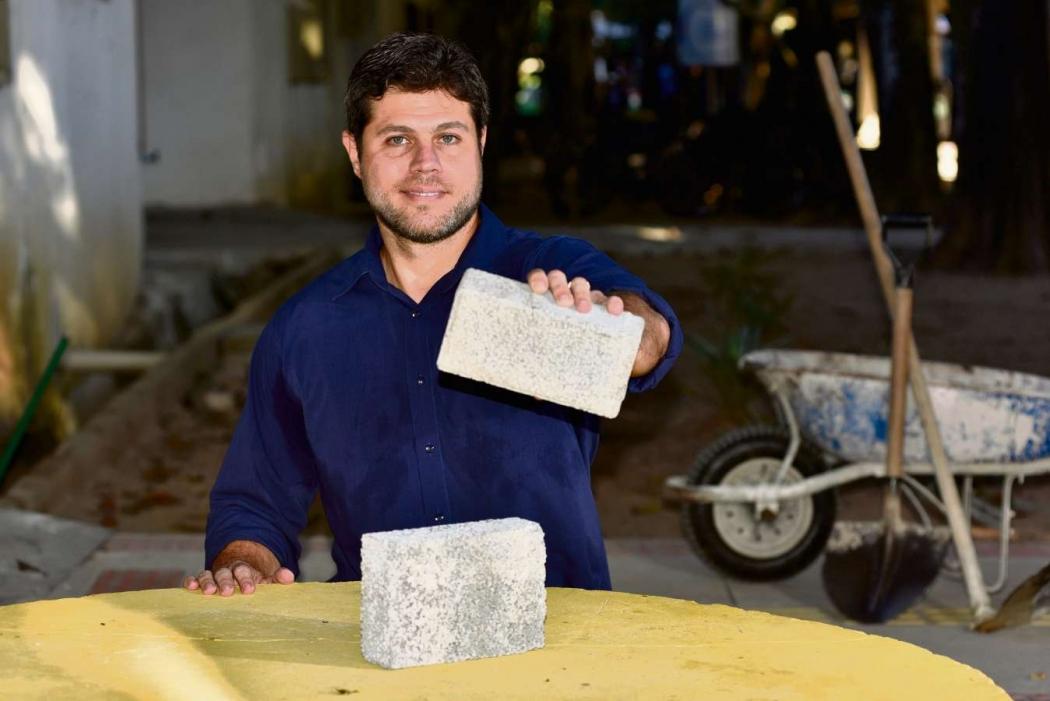 Luciano Motta, engenheiro civil, pesquisador responsável por criar pavimento permeável, pela Ufes . Crédito: Fernando Madeira