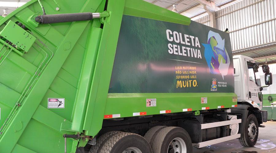 Caminhão de seleta coletiva. Crédito: Divulgação | Prefeitura de Vila Velha